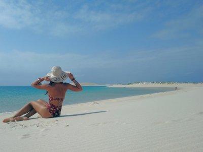 un orribile spiaggia paradisiaca 400x299 Da Cavalese a Cavalese ... passando per tutto il mondo !!