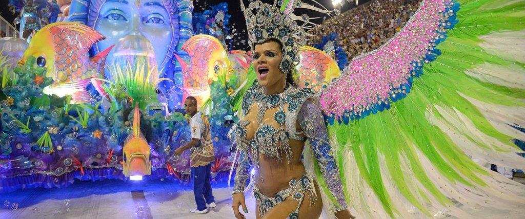 719e337bdf Costumi e tradizione del carnevale in Brasile - Il filo di Nicky