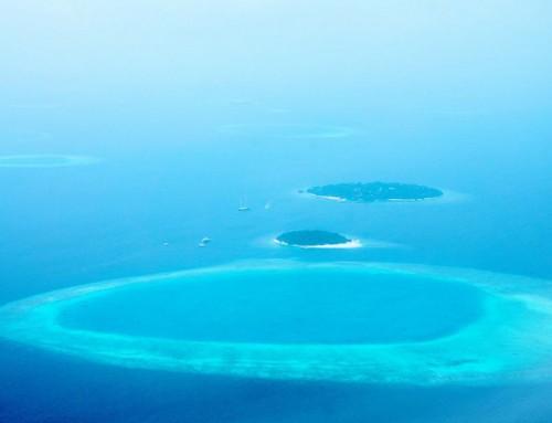 Atollo: che cos'è? I meravigliosi colori degli atolli delle Maldive