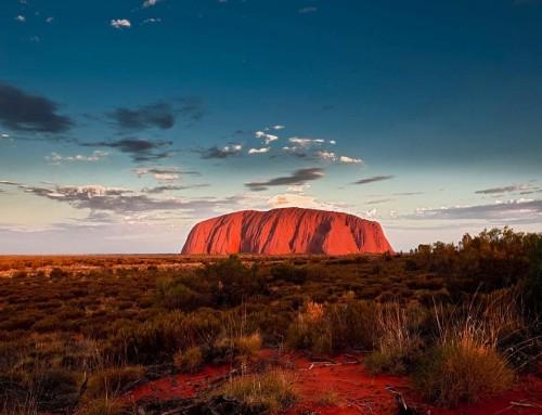 Uluru in Australia: la montagna sacra Il sacro monolite australiano e le sue leggende